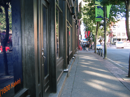 Bodega Sidewalk on Carrall